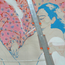 <p>Beim Aufbau der Ausstellung von Dasha Shishkin, Herbst 2012 ©griffelkunst</p>