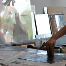 <p>Eine Radierung entsteht, Druckwerkstatt der Kunsthochschule Berlin-Weißensee ©griffelkunst</p>