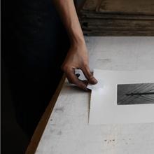 <p>Eine Radierung entsteht, Druckwerkstatt der Kunsthochschule Berlin-Weißensee</p>